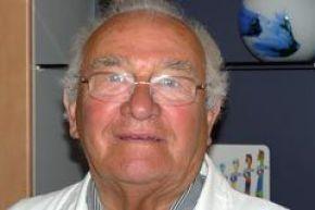 <p>Dr. Herbert Weber, Kieferorthopäde</p>
